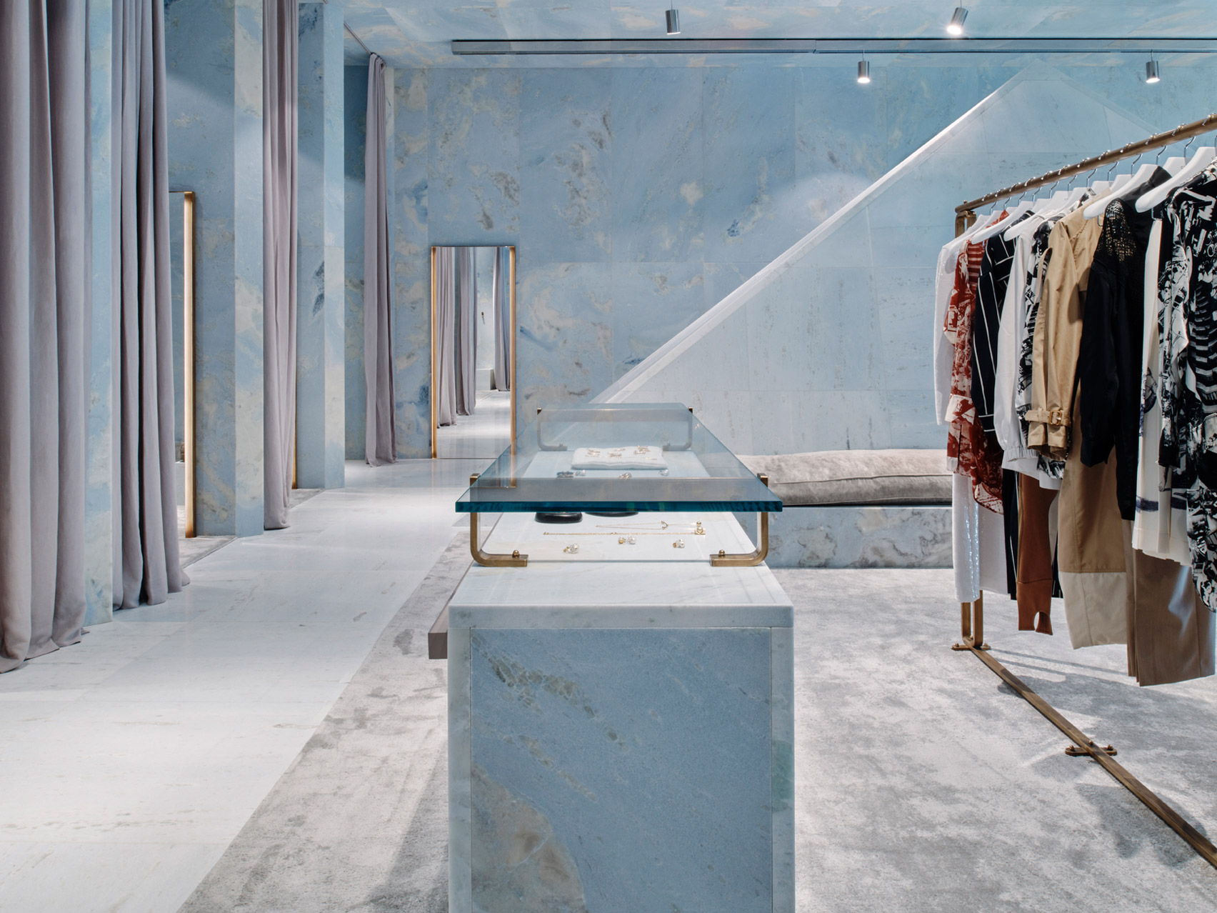 celine-valerio-olgiati-interiors-retail-shops-marble-miami-florida-usa-_dezeen_1704_col_9